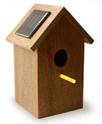 solar powered birdhouse